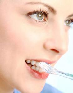 зубы чистить